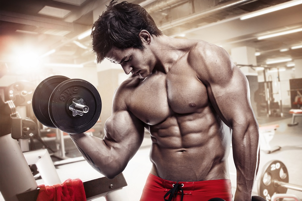 Is it safe to lift weights every day?